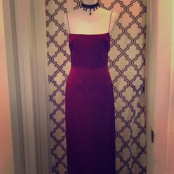 58d5eefb34b3 Tahari Dresses | Beautiful Prom Dress Wine Colored Sz 8 | Poshmark